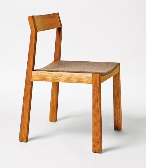 MONTECRISTO: IZM Furniture