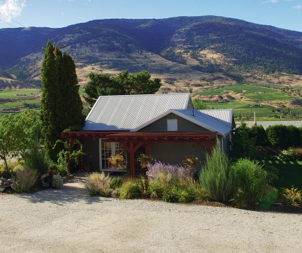 MONTECRISTO Magazine: Stoneboat Vineyards