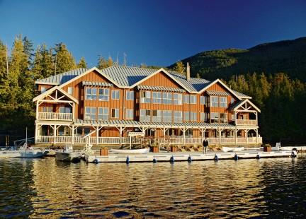 MONTECRISTO: King Pacific Lodge