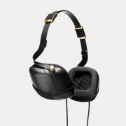 MONTECRISTO Magazine: Molami Headphones