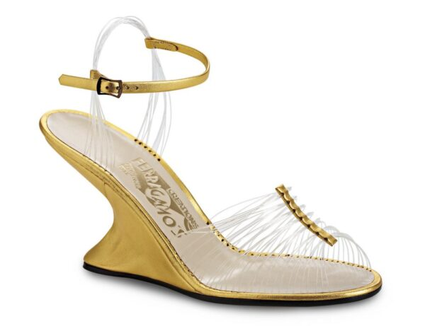 MONTECRISTO Blog: Ferragamo's Creations, Invisible Sandal
