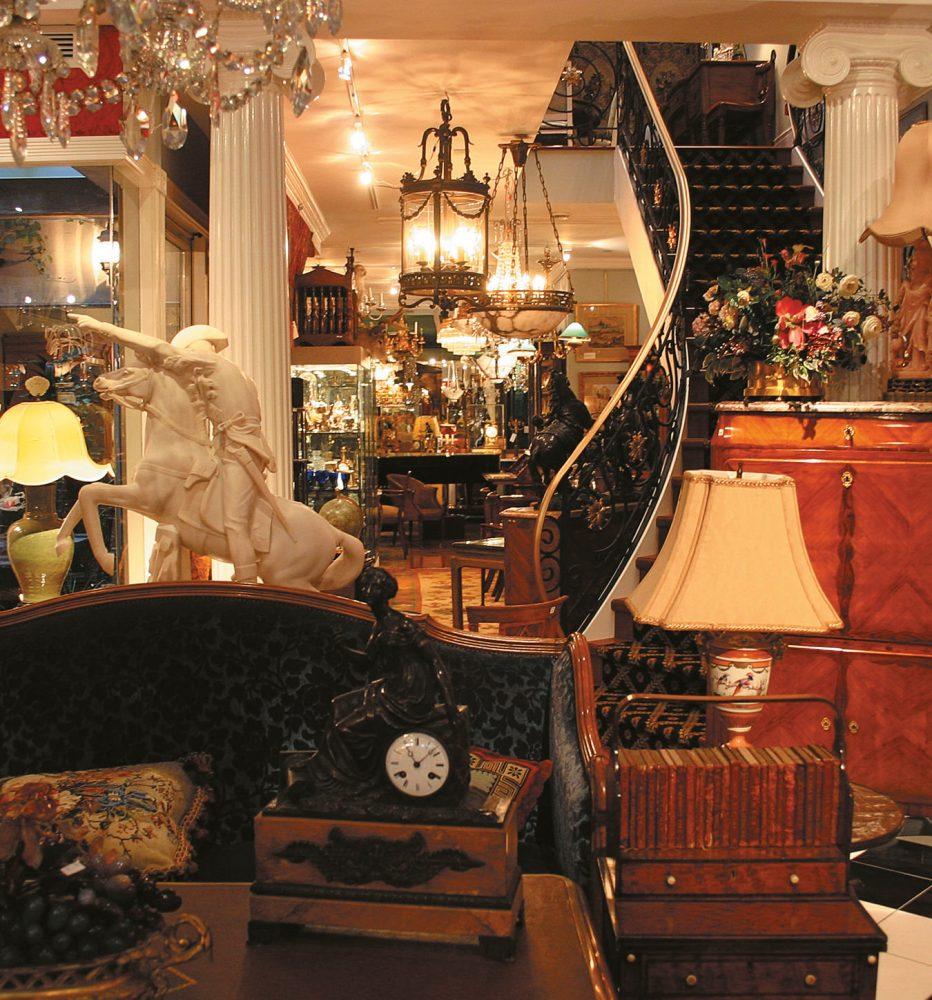MONTECRISTO Magazine: William MacKinnon's Three Centuries Shop