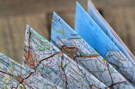 MONTECRISTO Magazine: Folding Maps