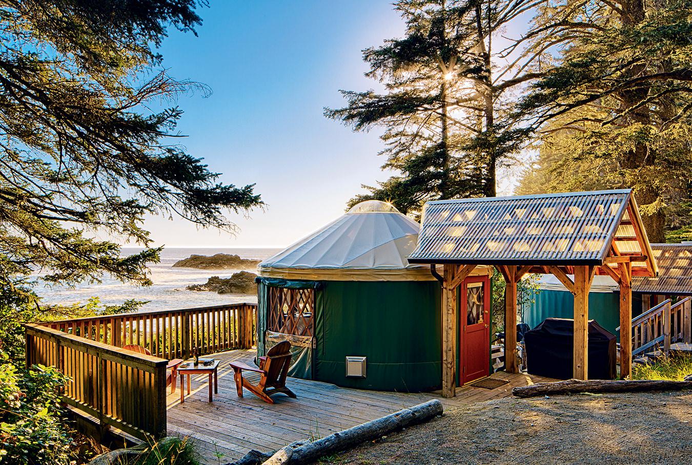 MONTECRISTO Magazine: Wya Point Resort