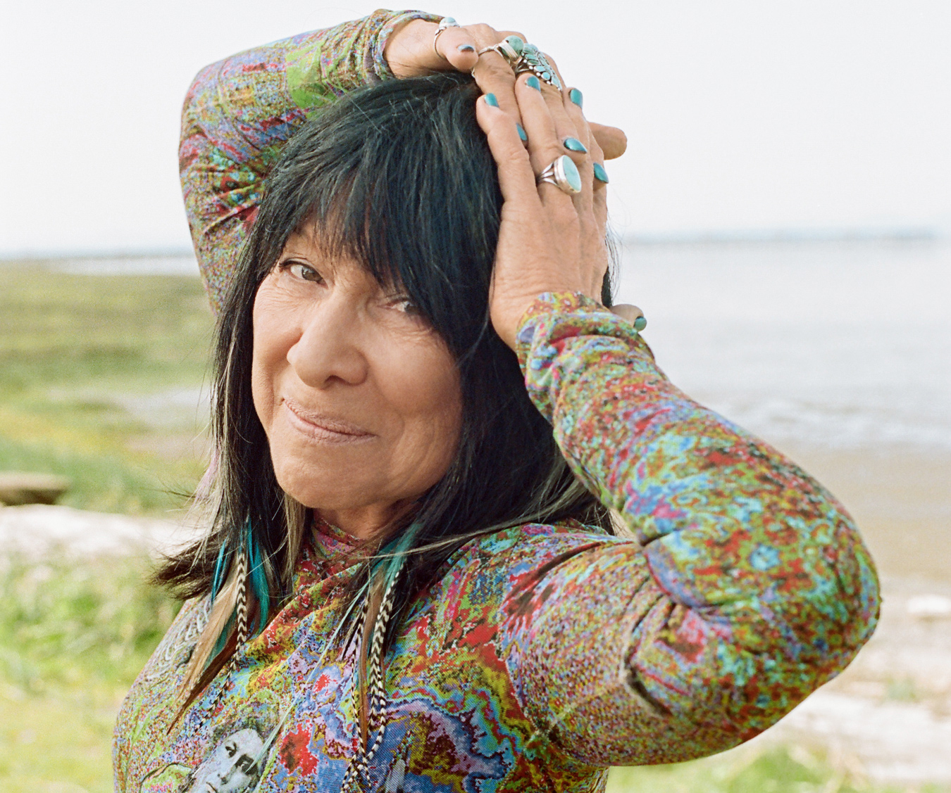 Watch Buffy Sainte Marie video