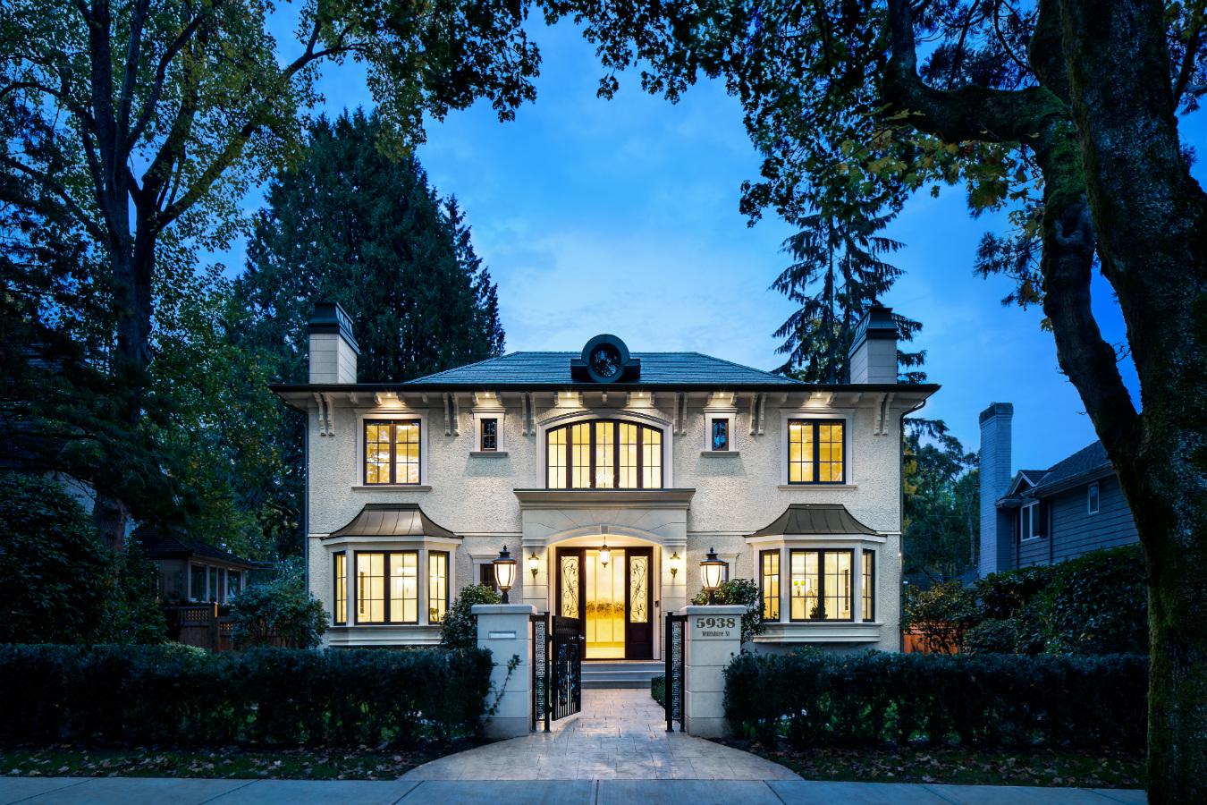 Vancouver Versace House Montecristo