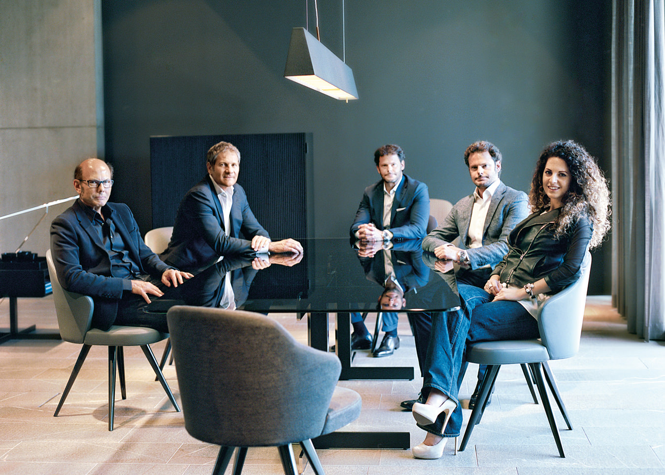 Minotti furniture family