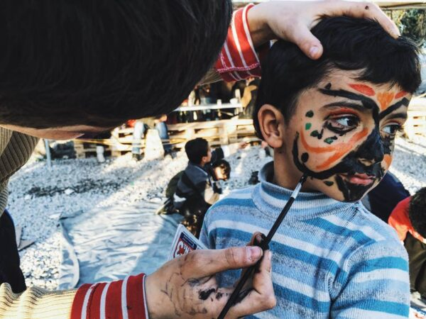 The 10 Days I Volunteered in a Refugee Camp in Greece Changed My Life