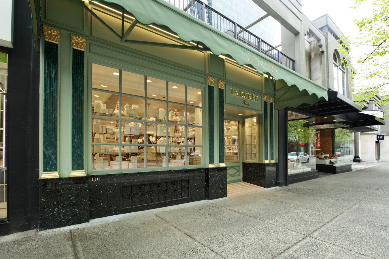 ladurée industry Laduree boutiques is located in new york, new york this organization primarily operates in the pastries business / industry within the food stores sector this organization has been operating for approximately 7 years laduree boutiques is estimated to generate $14 million in annual revenues, and.