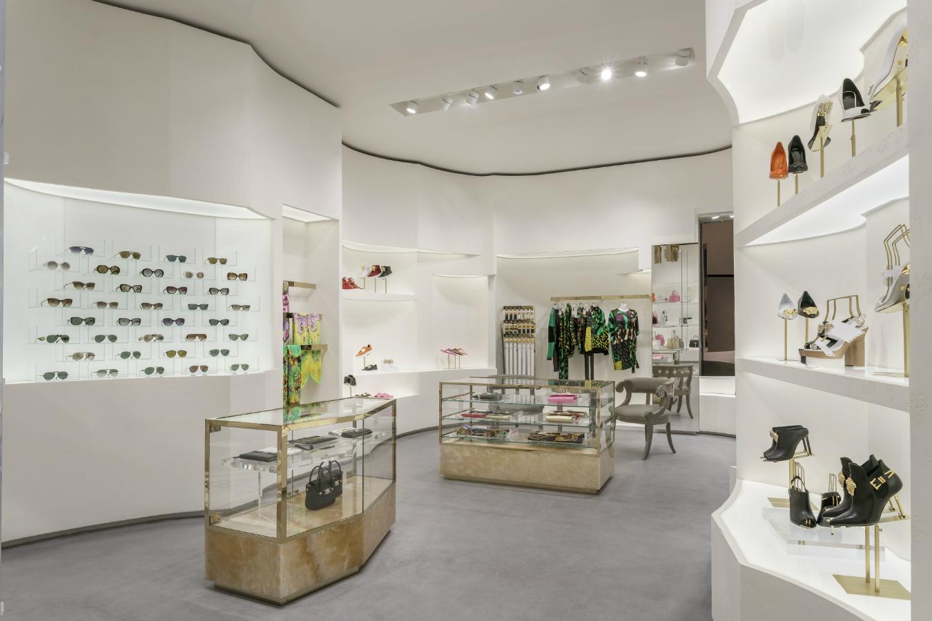 Vancouver Versace Boutique Montecristo