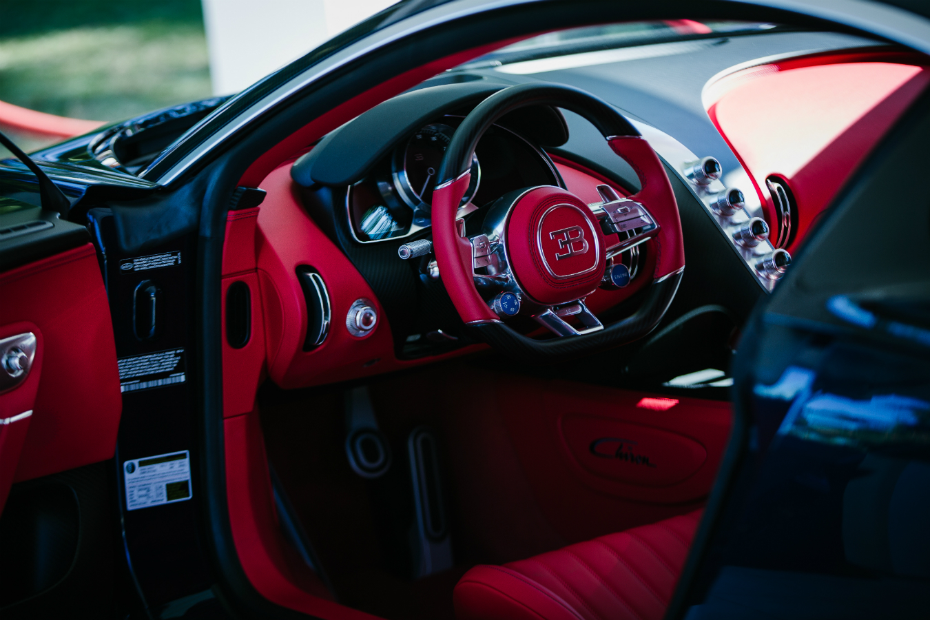 Luxury and supercar weekend 2016 montecristo for Interieur bugatti chiron
