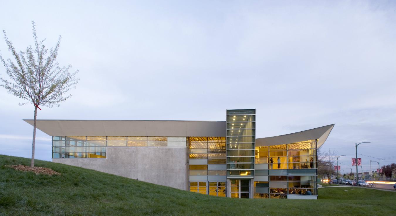 Bing Thom architecture. Sunset Community Centre.