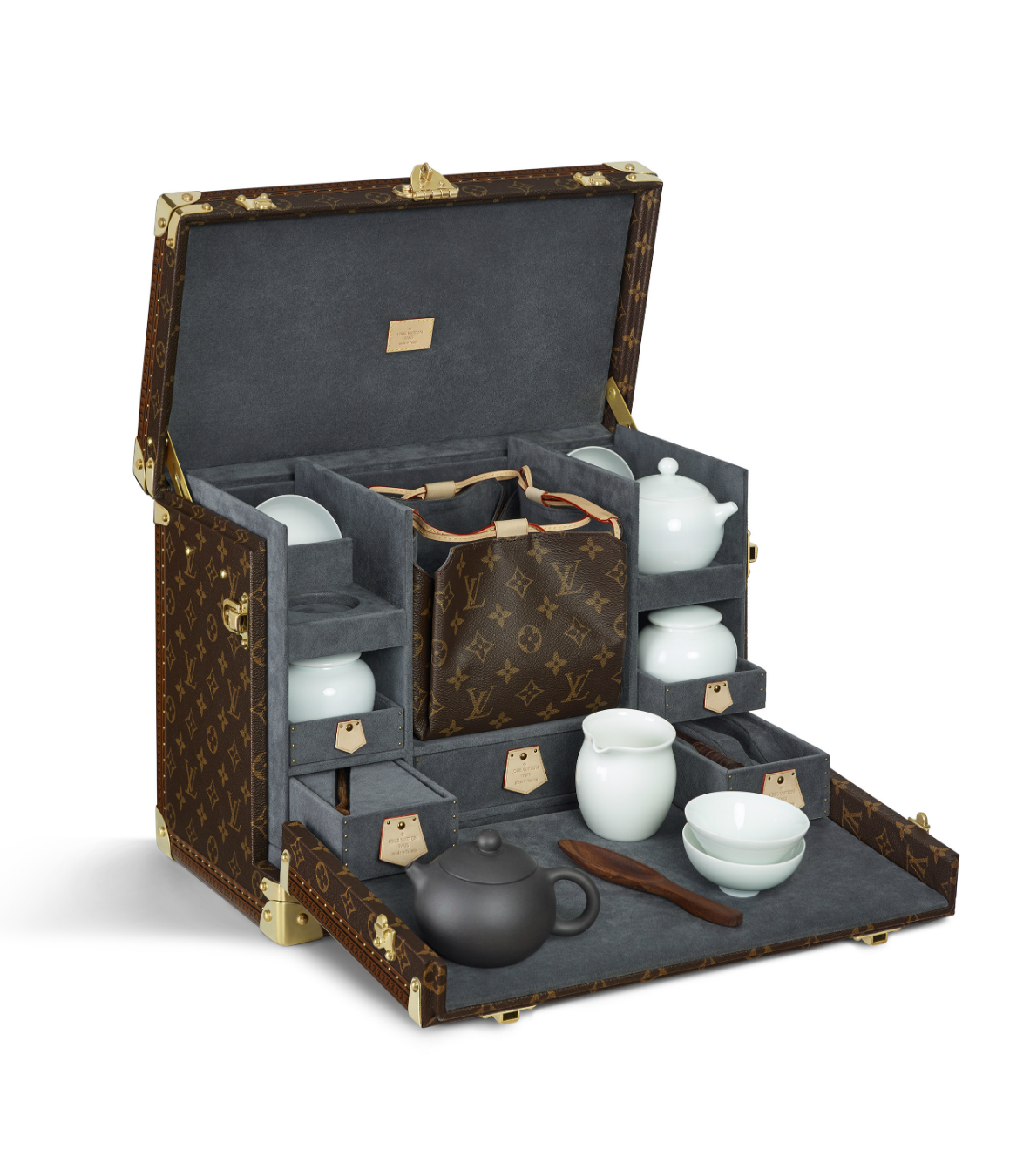 the louis vuitton story essay Free essay: vuitton was taken in by monsieur marechal who is a fruitful box maker and packerin the nineteenth century of europe, box making and packing was.