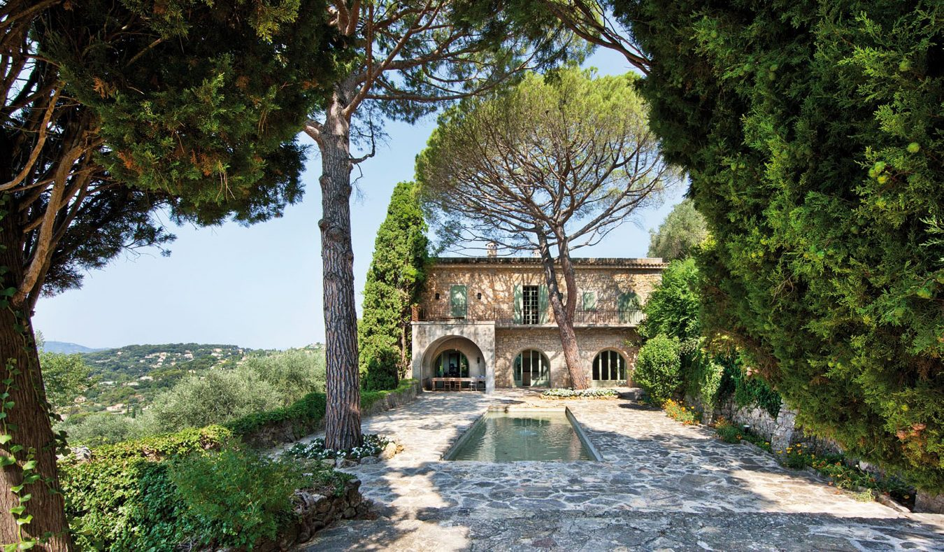 Pablo picasso s french riviera home montecristo for Riviera house