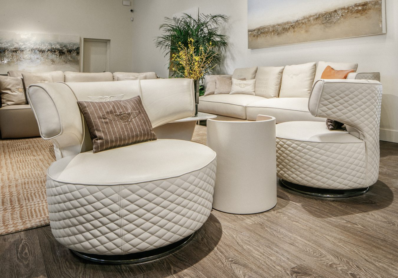Fendi casa and bentley home in vancouver montecristo for Home arredamento