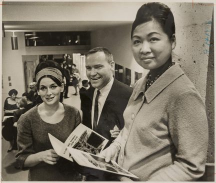 """Anna Wong: Traveller on Two Roads"""