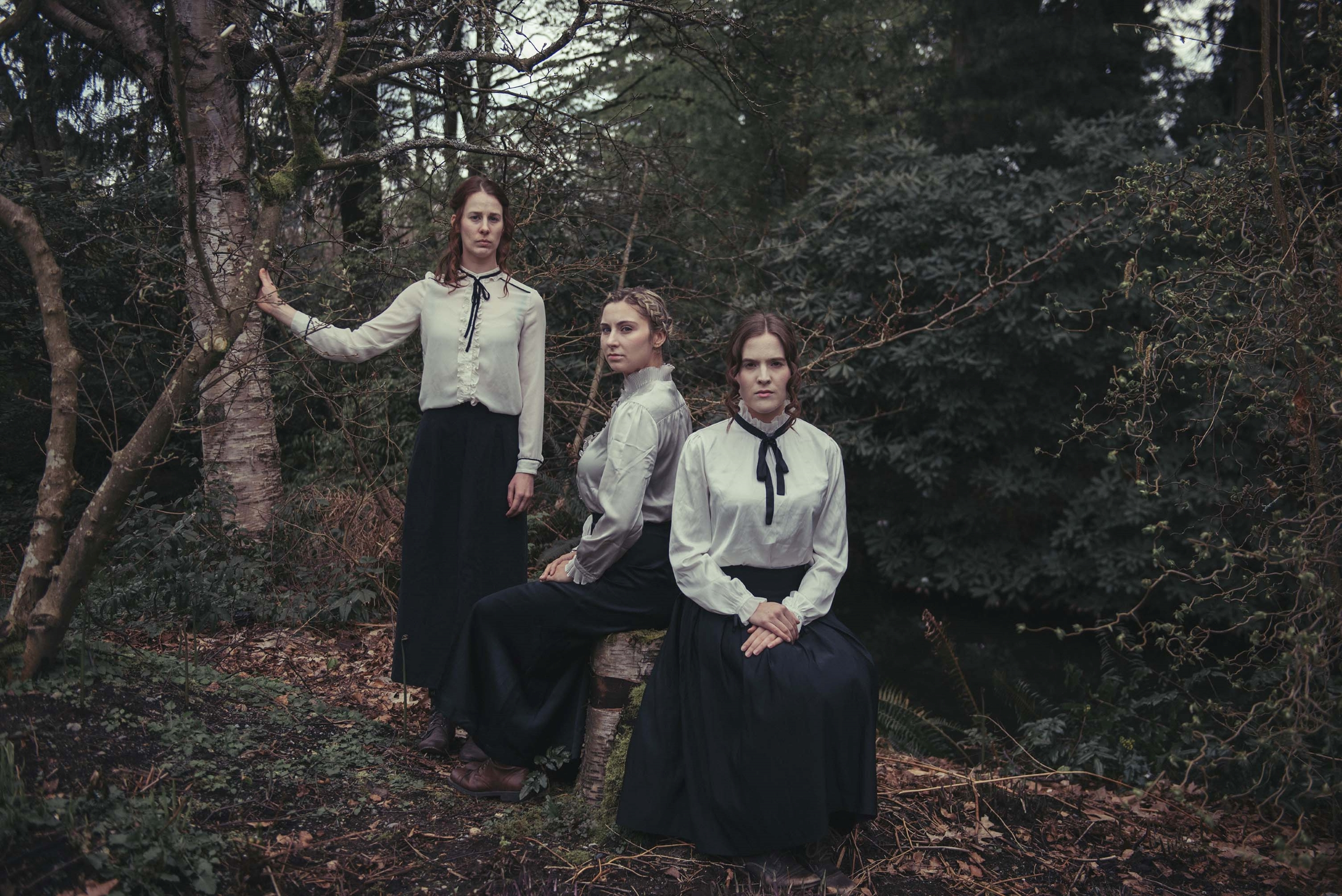 Women cast members, from left: Leah Beaudry, Laura Carly Miller, Sydney Doberstein. Photo by Phoebe Miu.