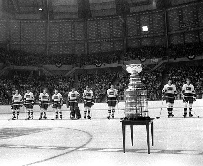 Canucks first game 1970, with Stanley Cup visit