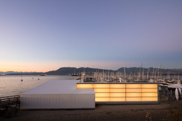 This Simple Yacht Club Building in Vancouver Just Won the Highest Architectural Award in Canada