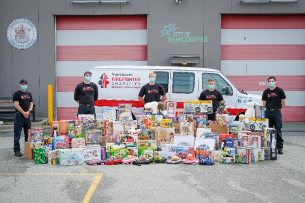 Vancouver Firefighters Help Local Businesses While Supporting At-Risk Youth