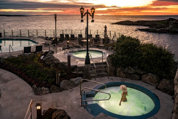 Where to Stay, Eat, Unwind, and Breathe for a Relaxing Wellness Getaway in Victoria This Summer