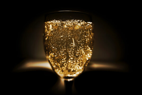 Introduce Yourself to the World of Fine Sparkling Wine